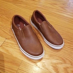 Never Used Boat Shoes, boys sz 12c